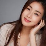 女優カンソラが一般男性との結婚を電撃発表!